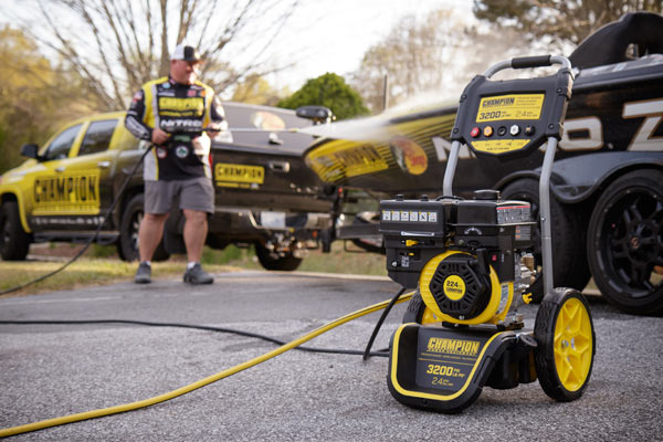 Champion 220 Bar (3200 PSI) 9.0 LPM Pressure Washer